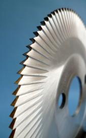גלגל חיתוך עם מרווח צד